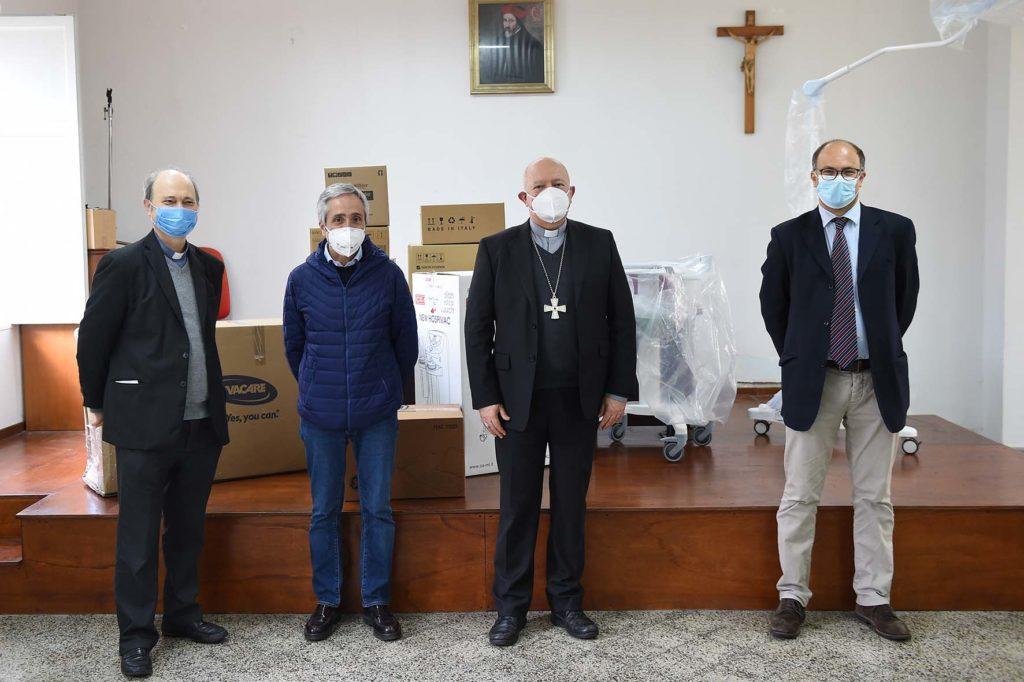 """COVID 19. La Diocesi di Salerno Campagna Acerno, attraverso la Caritas, dona macchinari all'ospedale """"Ruggi"""""""